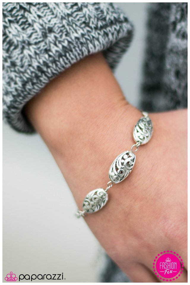 The Charmer Pages Lisa Kudrow For More: Paparazzi $5 Jewelry Join Or Shop Online
