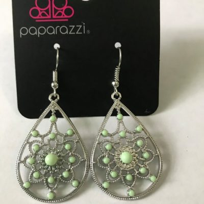 Paparazzi Accessories - A Flair For Fabulous Green Earring